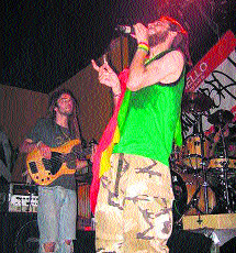 Fiesta reggae desde el Guadalquivir