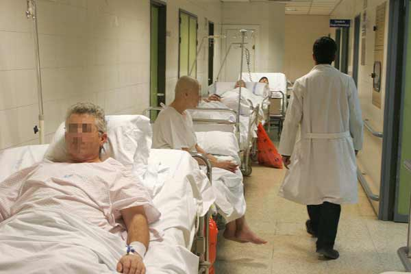 Madrid necesita otras 1.000 camas hospitalarias para igualar a Europa