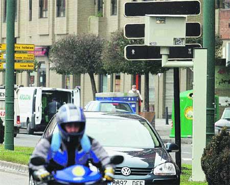 Más radares fijos vigilarán la velocidad de seis calles