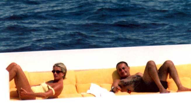 Lady Diana y Dodi Al Fayed días antes de su muerte