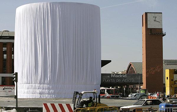 Monumento homenaje a las víctimas del  11-M