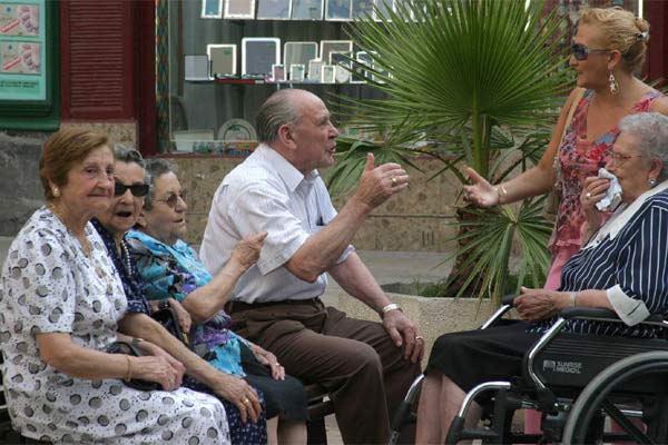 Las españolas, las más longevas de la UE