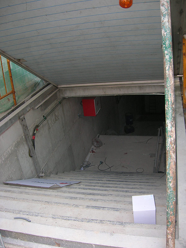 Salida complicada en el túnel de San Dámaso