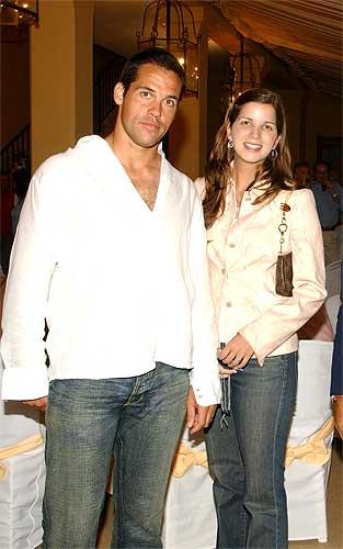 Luis Alfonso y su esposa, Margarita Vargas