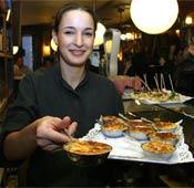 El trabajo de camarera, uno de los más demandados