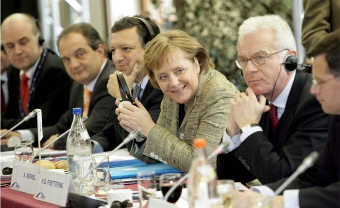 Angela Merkel presidirá la Cumbre de Jefes de Estado de la Unión Europea que se celebra en Bruselas