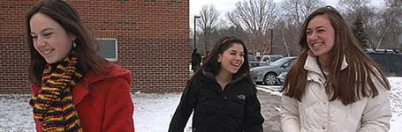 """Suspenden a tres estudiantes estadounidenses por decir """"vagina"""""""