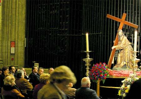 Encuentro con el Cristo de la Corona