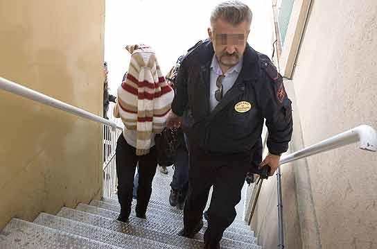 En libertad con cargos la madre que presuntamente encerr for Juzgados de martorell