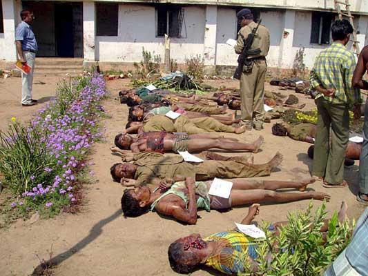 Los maoistas acabaron con la vida de 49 policias