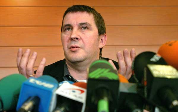 El portavoz de la ilegalizada Batasuna, Arnaldo Otegi. (Alfredo Aldai / Efe)