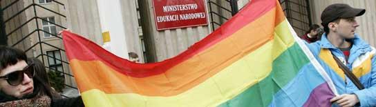 Manifestantes anti-homofobia