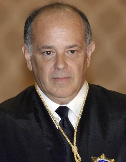 El Tribunal Constitucional no admite el recurso de súplica contra la recusación de Pérez Tremps