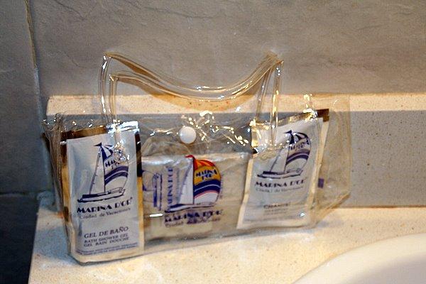 Kit de higiene y belleza Marina D'Or