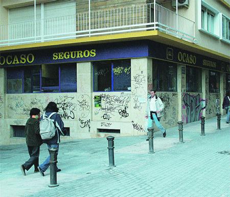 Arreglar el vandalismo nos cuesta 2.098 euros al día