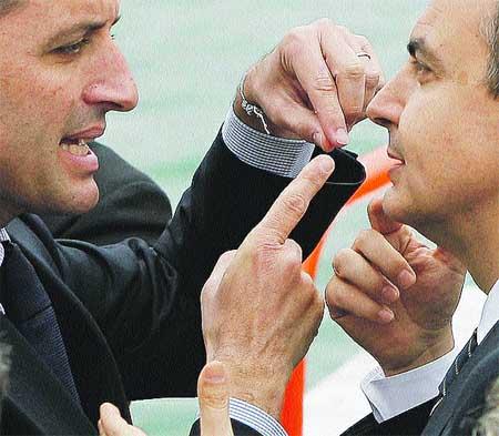 Zapatero insiste en que el AVE llegará en 2010