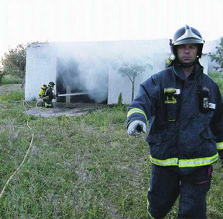 El pirómano de Yecla quema dos garajes más