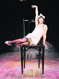 El lope de vega se convierte en 'cabaret'