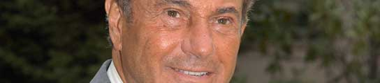 Arturo Fernandez.