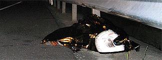 Muere un motorista al estrellarse contra el quitamiedos en la M-511