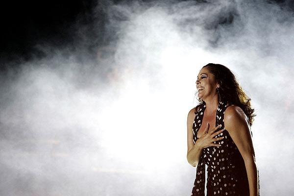 Pantoja agradece al público madrileño su presencia durante un concierto