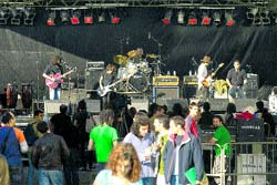 El campus vibra al son del rock