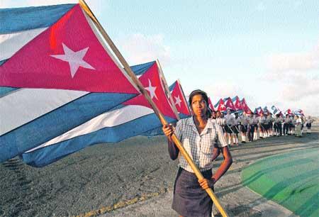 Cuba juzga a Posada Carriles