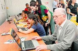 La celebración, ayer, del Día Mundial de Internet llevó . (Rafa Molina)
