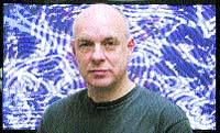 Brian Eno visita su exposición