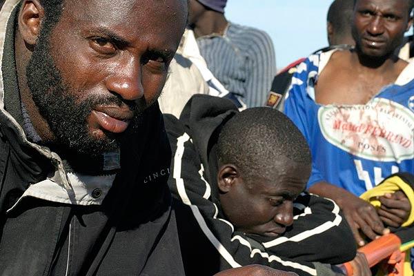 Inmigrantes interceptados en Motril
