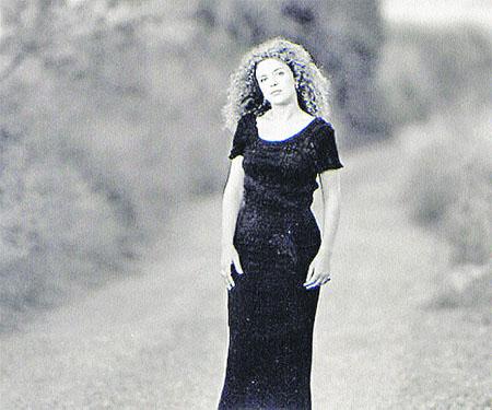 Carme Canela, la veu de dona del jazz català