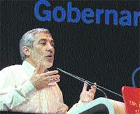 Llamazares critica la gestión de la Expo 2008
