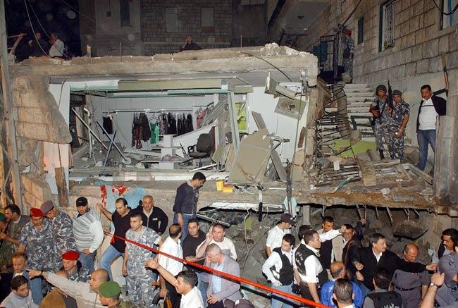 La zona afectada por la explosión de esta noche en las cercanías de Beirut