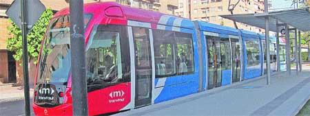 Denuncia al Consistorio de Murcia por plagiar el tranvía