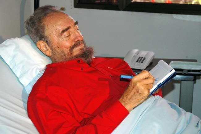 Fidel Castro, en la habitación de su hospital