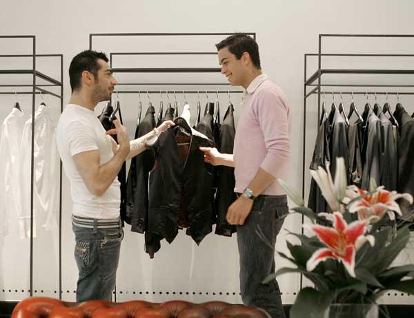 Tienda ropa gay barcelona casanova