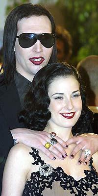 Marilyn Manson y Dita Von Teese se pelean por la 'custodia' de sus animales disecados
