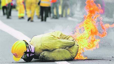 Bomberos quemados