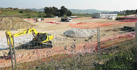 La Fiscalía investiga si la central de gas del PTA está en suelo protegido