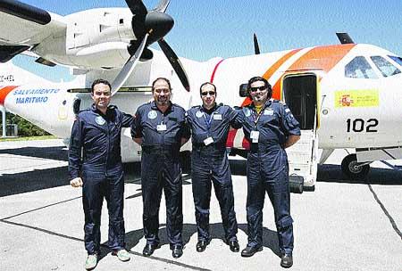 Salvamento pone en marcha el avión para localizar vertidos