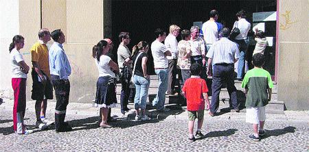 Cita previa para renovar el dni a partir de ma ana for Oficinas pasaporte madrid