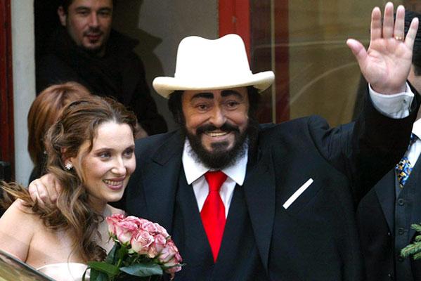 Pavarotti y su mujer, Nicoletta Mantovani.