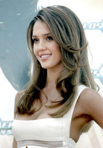 Jessica Alba. La actriz californiana Jessica Alba ha presentado en Madrid su última película, Los Cuatro Fantásticos y Silver Surfer.
