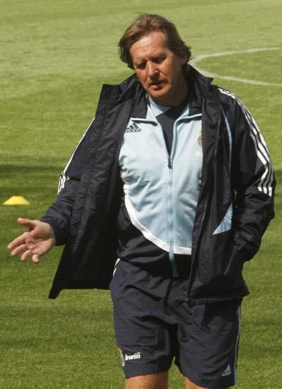 Bernd Schuster, en el último entrenamiento del Real Madrid