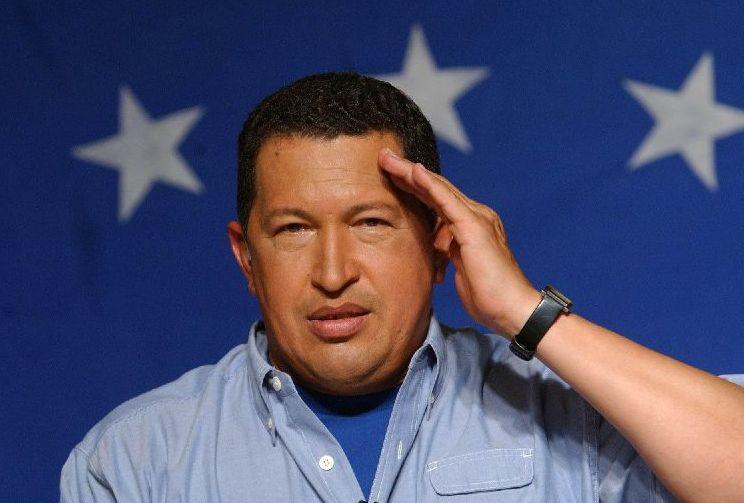 Chávez haría de intermediario con la guerrilla colombiana