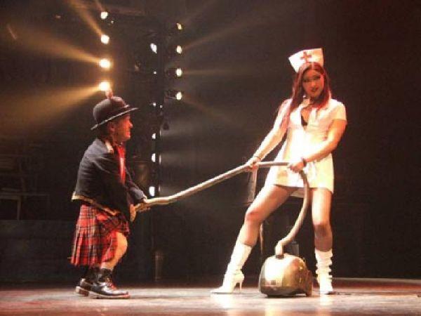 Daniel Blackner, durante la representación del Circo de los Horrores en la que sufrió el embarazoso incidente con su miembro viril