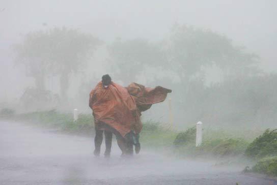 De huracán a tormenta tropical