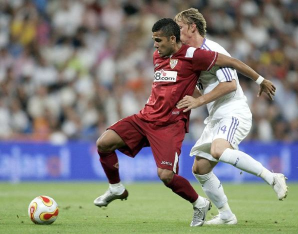 Alves durante la reciente final de la Supercopa contra el Real Madrid.