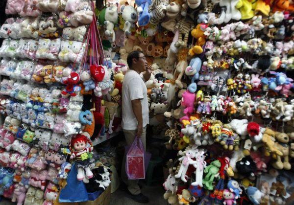 China arremete contra Mattel