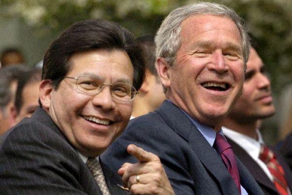 Gonzales y Bush